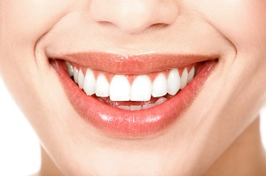 Fees for cosmetic dentistry in Impressio-Med Dental Clinic